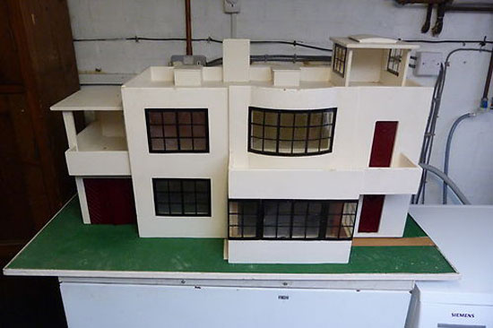 1920s Triang art deco dolls house on eBay