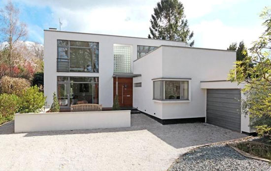 Allegria contemporary modernist property in Tunbridge Wells, Kent