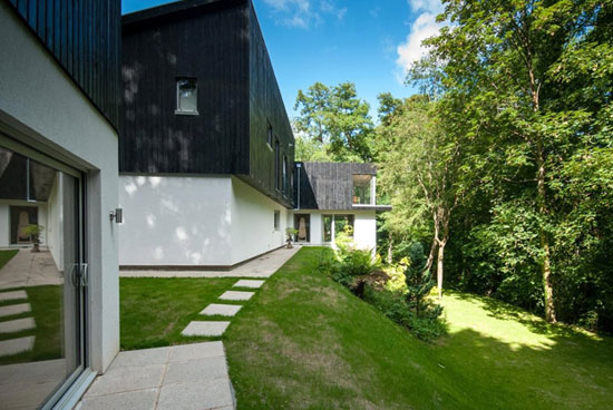 Five-bedroom contemporary modernist property in Tunbridge Wells, Kent
