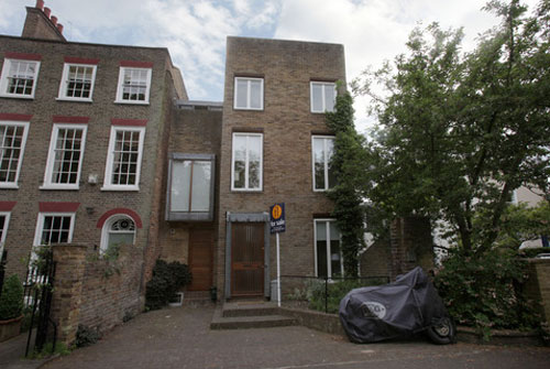 1960s grade II-listed townhouse by Geoffrey Darke on Montpelier Row, Twickenham