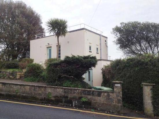 1930s art deco property in Ventnor, Isle of Wight