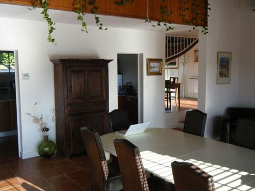 1970s three-bedroomed villa in Saint Astier, Dordogne, France