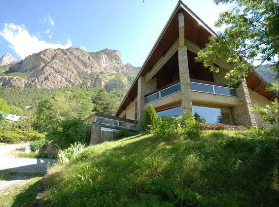 On the market: 1960s six-bedroom modernist property in Les Vigneaux, Hautes-Alpes, Southeastern France