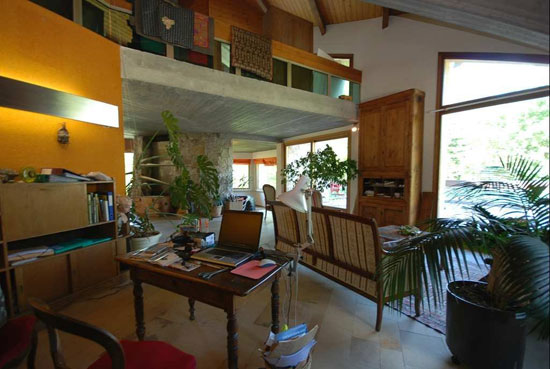 1960s six-bedroom modernist property in Les Vigneaux, Hautes-Alpes, Southeastern France