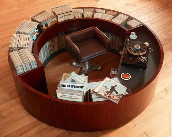Design spotting: PlattenKreisel circular vinyl storage units