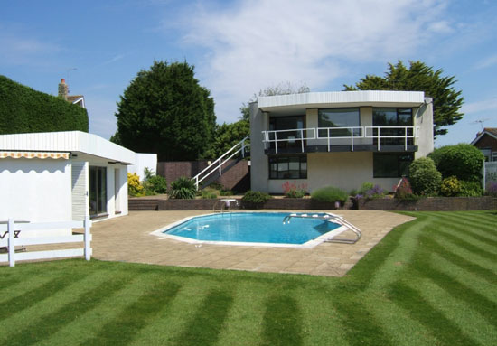 On the market: 1960s grade II-listed Vista Point by Patrick Gwynne in Angmering, West Sussex