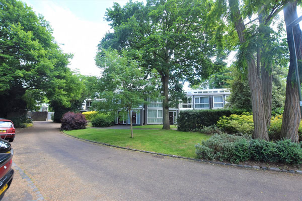 In need of renovation: 1960s Span House on the Templemere Estate, Weybridge, Surrey