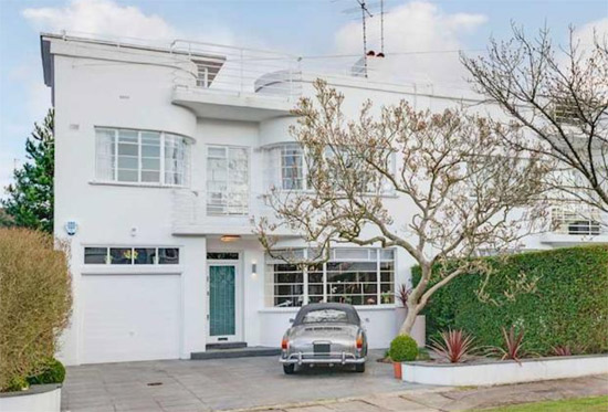1930s grade II-listed art deco property in Hampstead Garden Suburb, London N2