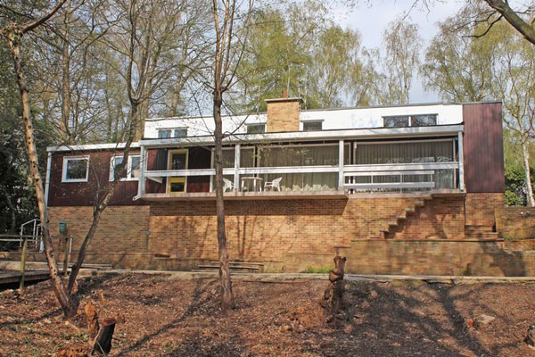 13. 1960s modernist time capsule in Southampton, Hampshire