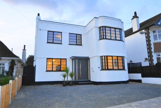 20. 1930s art deco property in Leigh-On-Sea, Essex