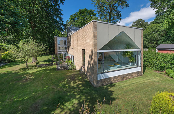 26. 1960s Ryder and Yates modernist house in Woolsington, near Newcastle