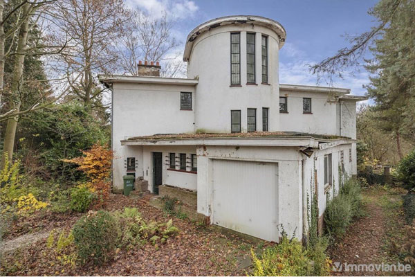 27. 1930s art deco renovation project in Uccle, Belgium