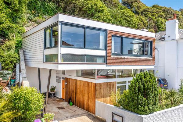 31. 1960s John Floydd midcentury modern house in Sandgate, Kent
