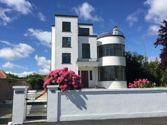 Melville Aubin-designed Sunpark 1930s art deco property in Brixham, Devon