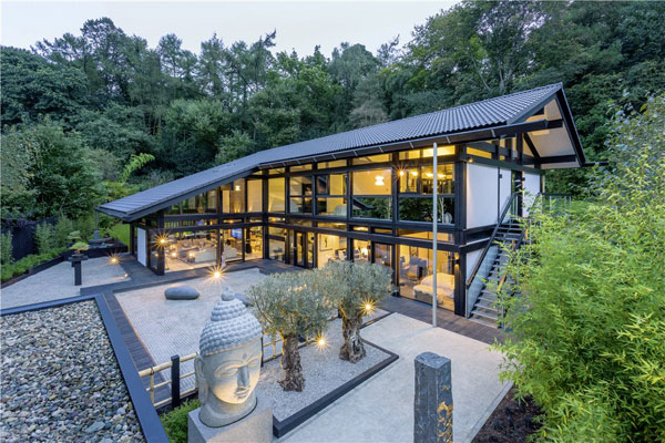 39. Huf Haus property in Kingston Hill, London SW15