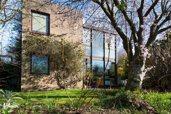 45. 1960s modernist property in Broughty Ferry, near Dundee, Scotland