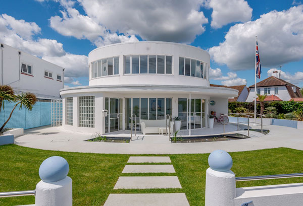 6. The Round House Oliver Hill art deco property in Frinton-on-Sea, Essex