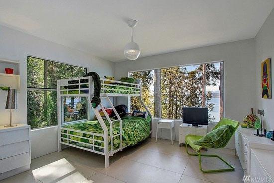 1960s William Bain Jr-designed midcentury property in Poulsbo, Washington, USA