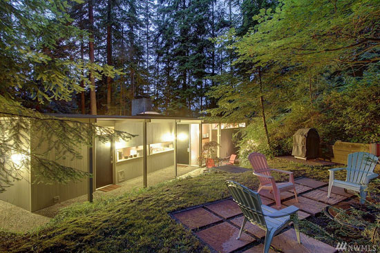 1960s midcentury modern property in Edmonds, Washington, USA