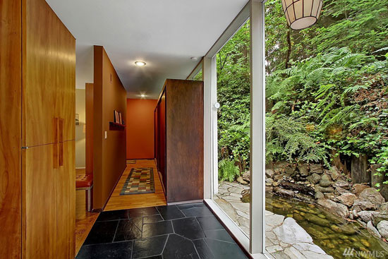 1960s midcentury modern property in Edmonds, Washington, USA