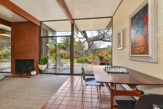 1950s midcentury Eichler home in Walnut Creek, California, USA