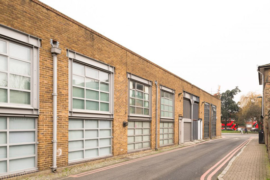 Warehouse conversion: Ashley Isham-designed property in lower Holloway, London N7