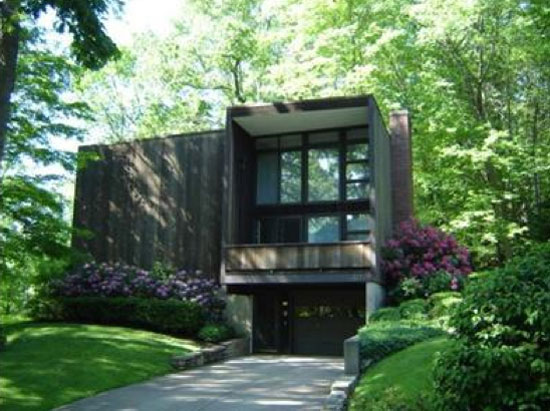 On the market: 1960s Gustavo da Roza-designed Expo 67 house in Warren, Warren County, Pennsylvania, USA