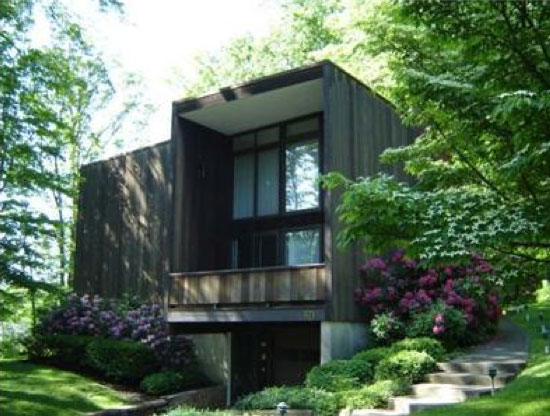 Gustavo da Roza-designed Expo 67 house in Warren, Warren County, Pennsylvania, USA