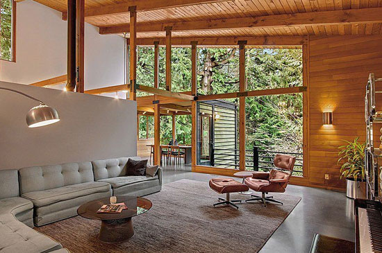 1950s Philip Norton-designed modernist property in Shoreline, Washington, USA