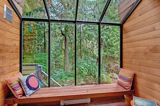 1950s Philip Norton-designed modernist property in Shoreline, Washington, USA