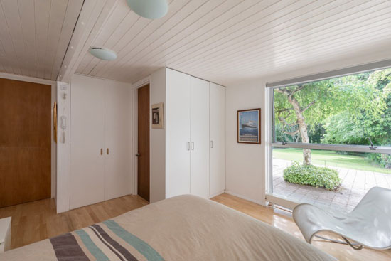1960s Ralph Baldwin midcentury-style property in Welwyn, Hertfordshire