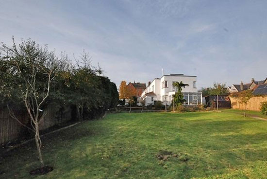 The White House three-bedroom 1930s art deco property in Wells, Somerset
