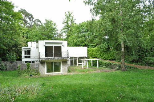 In need of renovation: 1970s modernist five-bedroomed property on the Wentworth Estate, Surrey