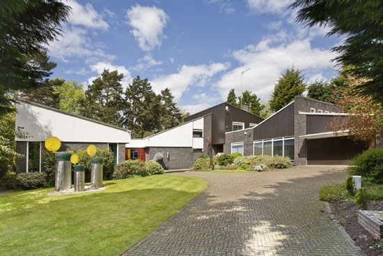 1970s Bleep four-bedroom modernist house in Wentworth Estate, Surrey