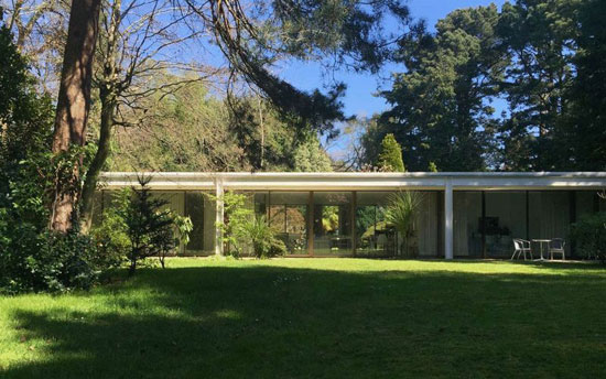 1970s modernism: Richard Horden-designed Wildwood property in Poole, Dorset