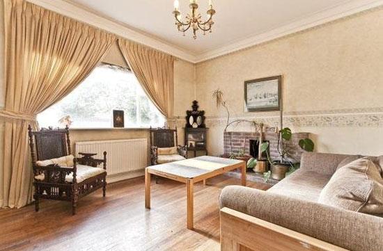 Five-bedroom art deco property in London SE3