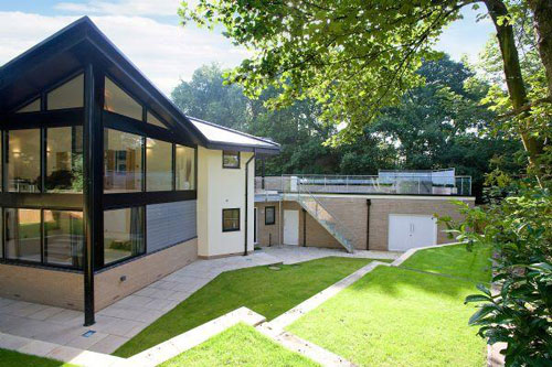Five-bedroomed contemporary property in Parbold, near Wigan, Lancashire