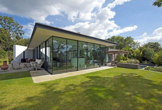 On the market: SeaGlass contemporary modernist property in Cowes, Isle Of Wight