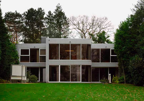 George Best style: 1970s Frazer Crane-designed modernist house in Wilmslow, Cheshire