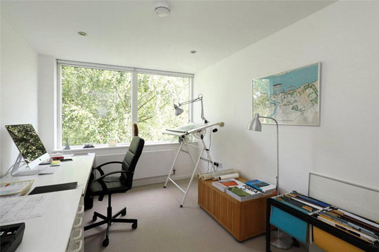 1960s modernist townhouse in Wimbledon, London SW19