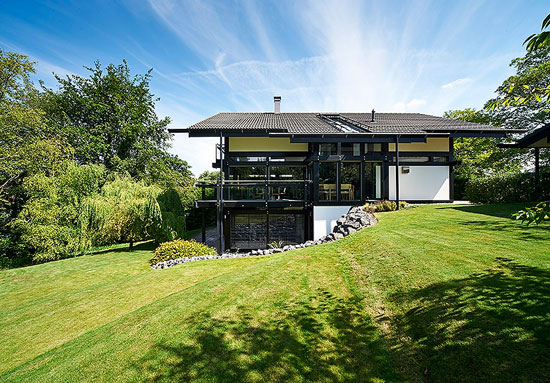 Contemporary modernist Huf Haus in Winchester, Hampshire