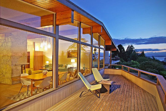 On the market: 1960s Lawrence & Hazen-designed midcentury property in Seattle, Washington, USA