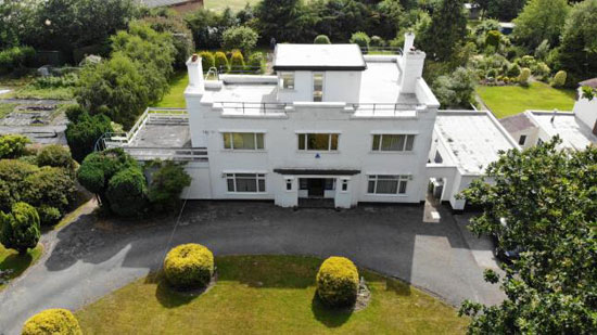 1930s art deco property in Caldy, Wirral, Merseyside