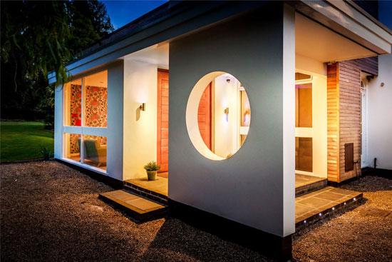 1950s modernism: Eric Ambrose-designed Gateway House in Worplesdon, Guildford, Surrey