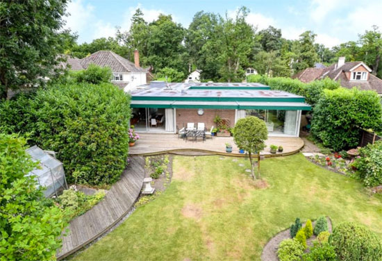 1960s Michael Manser-designed modernist property in Wokingham, Berkshire