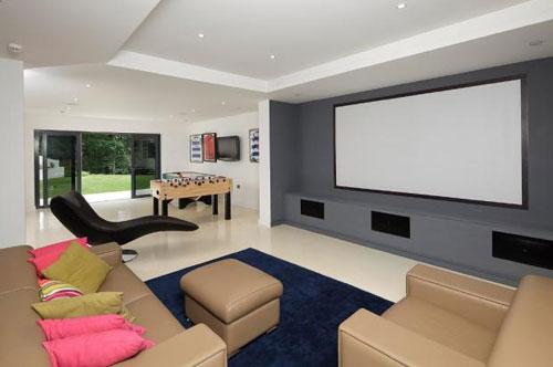 Modernist-style five-bedroom house in Woodbridge, Suffolk