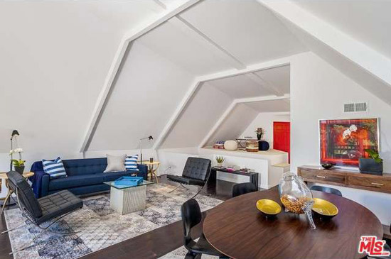 1950s Harry Gesner-designed midcentury property in Los Angeles, California, USA