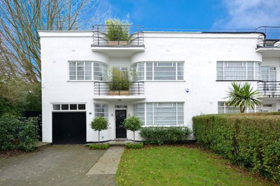 Four-bedroom semi-detached 1930s art deco property in London N2