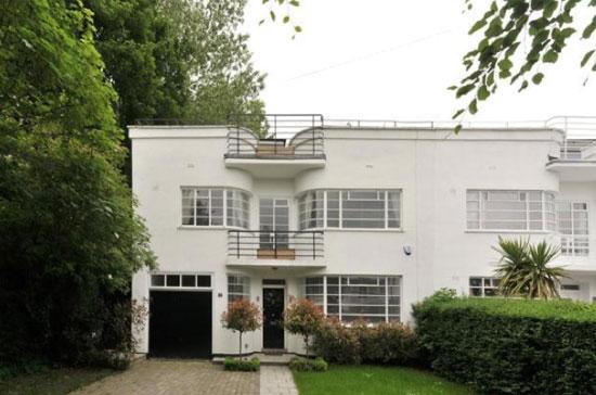 Grade II-listed 1930s five-bedroom art deco property in Hampstead Garden Suburb, London N2