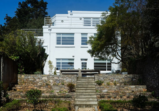 Five-bedroom 1930s modernist property in Torquay, Devon